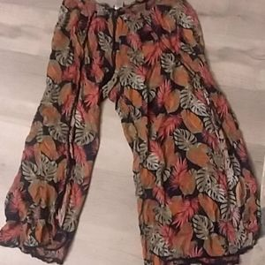 Time and Tru flouncy flared lounge pants